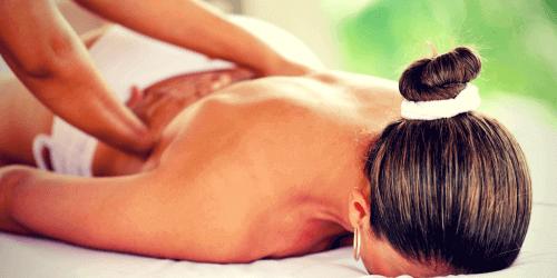 Eine Massage tut gut bei Liebeskummer